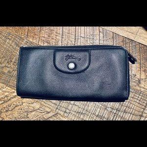 NWOT Longchamp Leather Wallet Black